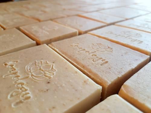Cream Smoothie natural goats milk soap bars